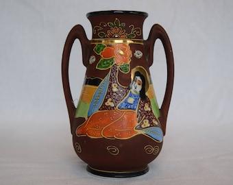 Satsuma Moriage Vase