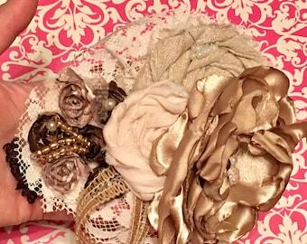 Baby girl headband & barefoot sandals ivory-gold, baby gift - newborn photos set- first birthday -baby shower gift