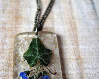 Ivy and Chinese Forget-Me-Not Necklace