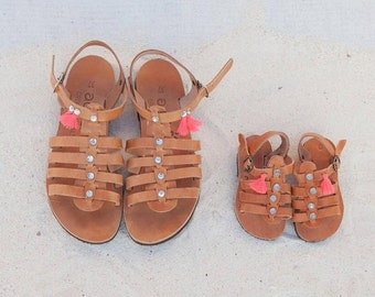 set for mother and daughter of acrobat gladietor sandals