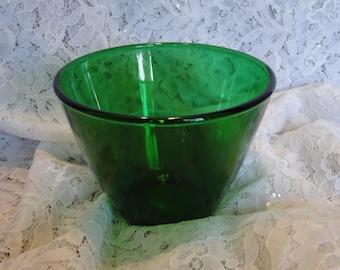 Vibrant Emerald Green Bowl, Decorative Round Dark Green Deep Serving Dish, Popcorn, Snacks, Treats