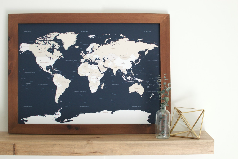 Wunderbar Gerahmte Push Pin Weltkarte Ideen - Benutzerdefinierte ...