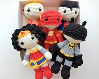 Crochet superheroes Justice League dolls Wonder Woman Batman Superman Flash Aquaman DC comics inspired toy Amigurumi superhero Birthday gift
