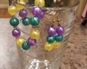 Purple, yellow and green handmade earrings and bracelet set