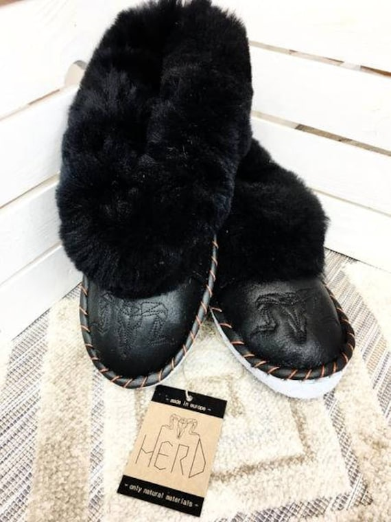 Black Leather Slippers. Real Leather Men's Shoes. Genuine Leather & Natural Sheepskin. Leather Slippers For Men.
