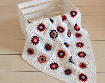 handmade crochet baby blanket; crochet baby afghan; baby shower gift; blanket for girl;blanket for boy;stroller blanket;knitt baby bedding;