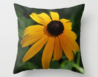 Rudbeckia throw pillow OR pillow cover Black eyed Susan, country home decor, living room decor, rustic home decor, new home gift for her