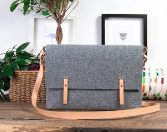 messenger bag, leather messenger bag men, felt messenger bag women, FULL GRAIN leather strap bag, macbook pro 15 case, laptop bag, felt bag