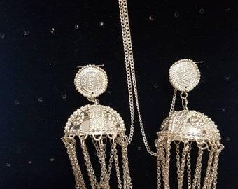 Jhumka hair accessory