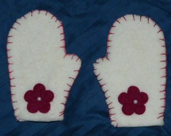 Upcycled White Child Mittens