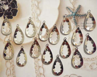 16 Vintage 28mm Silverplated Teardrop Dangles with 2 Holes