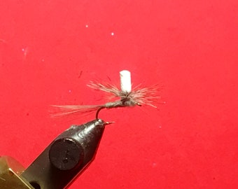 Glow in the Dark Parachute Dry Fly
