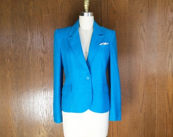 Brilliant Blue Linen Look Single Button Blazer Fully Lined with Shoulder Pads, Pockets and Lace Pocket Square