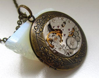 Steampunk Jewelry Steampunk locket necklace with vintage watch  movement Gift for Her Birthday gift idea Picture locket Photo locket