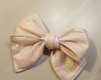 Hand tied shimmer hairbow 4.5 inches