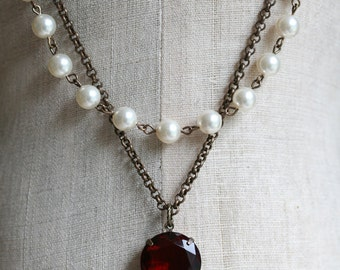 Ruby Red Necklace, Swarovski Pearl Necklace, Vintage Style, Statement Necklace, Ruby Necklace, Red Necklace