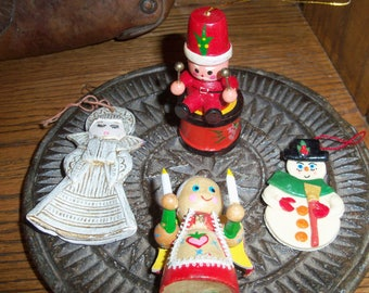 Set of 4 Vintage Christmas Ornaments Holiday Tree Decorations