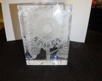 vintage botanical gardens Chicago clear glass crystal carved paperweight  sunflower