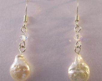 Freshwater Pearl and Swarovski Crystal Earrings E112172