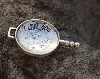 The mini frying pan pendant