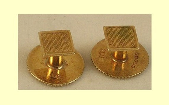 9K Yellow Gold, Gentlemans Cufflinks... Collar Studs !