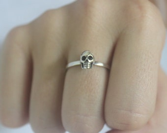 Skull Ring 925 Sterling Silver 3D stacking Ring, skeleton ring, Goth Punk Jewelery, Halloween, Statement ring, Unisex