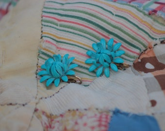 blue mum clip earrings