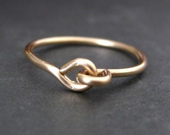 HOLDING HANDS 14K gold filled wire ring