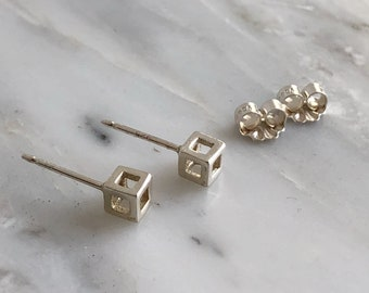 Tiny Sterling Silver Cube Earrings, 3D Cube Stud Earrings, Geometric Earrings, Small Contemporary Studs, Modern Studs, Minimal Studs, Cubes
