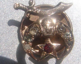 14 kt gold Masonic stick pin #160