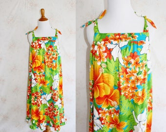 Vintage 70s Hawaiian Dress, 1970s Floral Sundress, Flower Print, Bright & Colorful, Tie Straps, Beach