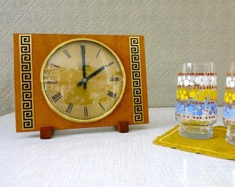 Kieninger Top Mantel Electric Clock Rare Translucent Vintage