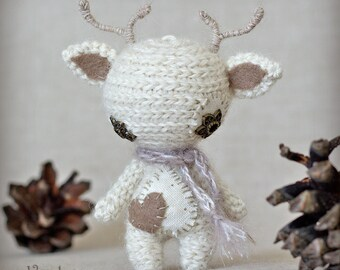 Vaalea - Original Handmade Reindeer/Collectable/Gift/Charm