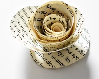 Book Page Roses- Set of 30 - Paper Flowers - Centerpieces - Wedding Decor - Book Themed Shower/Wedding