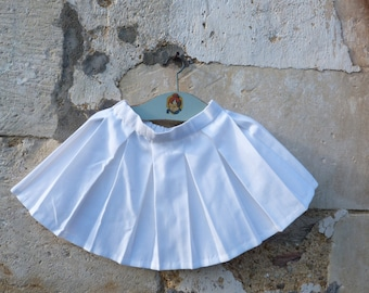 Vintage 1960/60s French mini pleated skirt girl size 5/6  years