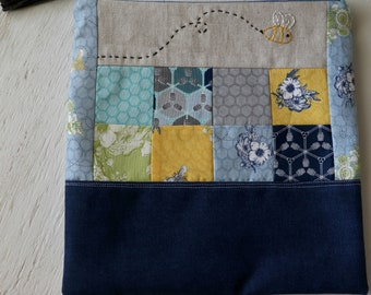 Knitting or Crochet project bag | ZIPPERED POUCH - Medium project bag
