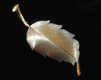 Graceful Krementz Gold Overlay Leaf Brooch