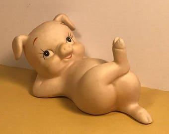 LEFTON PIG FIGURINE vintage porcelain miniature statue sculpture peach cute adorable piglet knee leg up crossed 02529