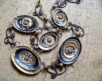 Recycled  tin Neclace    * 6