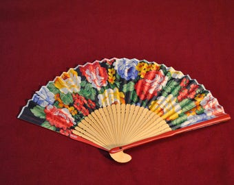Flower patter Japanese fan