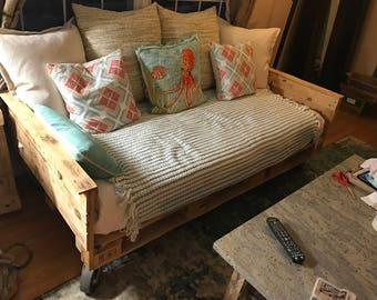 pallet furniture etsy. industrial pallet daybed furniture etsy