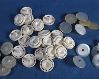 Vintage Plastic Buttons - White and Off White - Three Quarter Inch Size