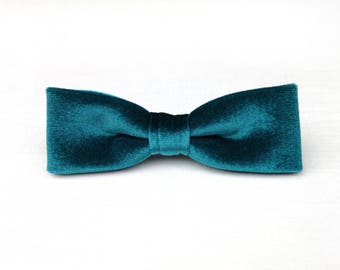 Skinny Bow Tie / Teal Velvet Bow Tie / Slim Bow Tie / Mens Bow Tie / Wedding Bow Tie / Turquoise Bow Tie