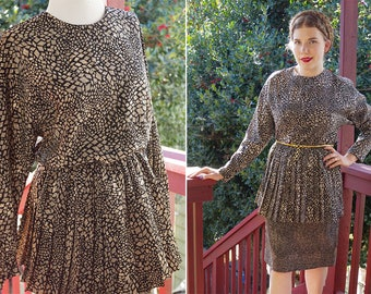 SHATTERED 1970's 80's Vintage Black + Gray Pleated Peplum Dress w/ Long Sleeves // size Small Med // by VIRGO II