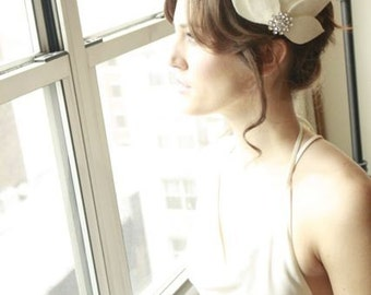 Gorgeous Bridal Fascinator Hair Piece....White Lotus with Rhinestone Button Bridal, Wedding, Bridesmaid