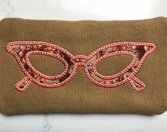 Vintage Look Eyeglass Case