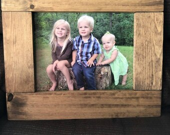 Wooden picture frame; 11 x 14