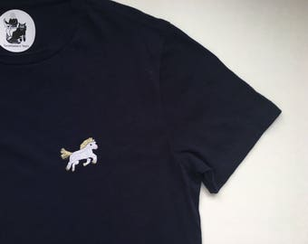 T-shirt with hand embridered Magic Pony