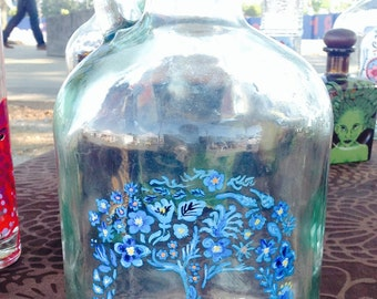 Upcycled Wine Jug with Sugar Skull Made of Blue Flora and Cork