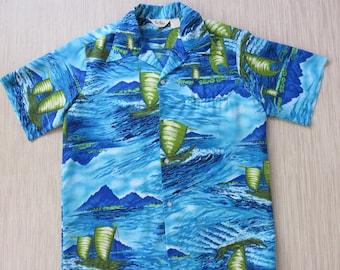 Vintage Hawaiian Shirt REEF Hawaii Aloha Shirt Groovy 70s Outrigger Surf Rider Canoe Wide Flared Collar Mens - L - Oahu Lew's Shirt Shack